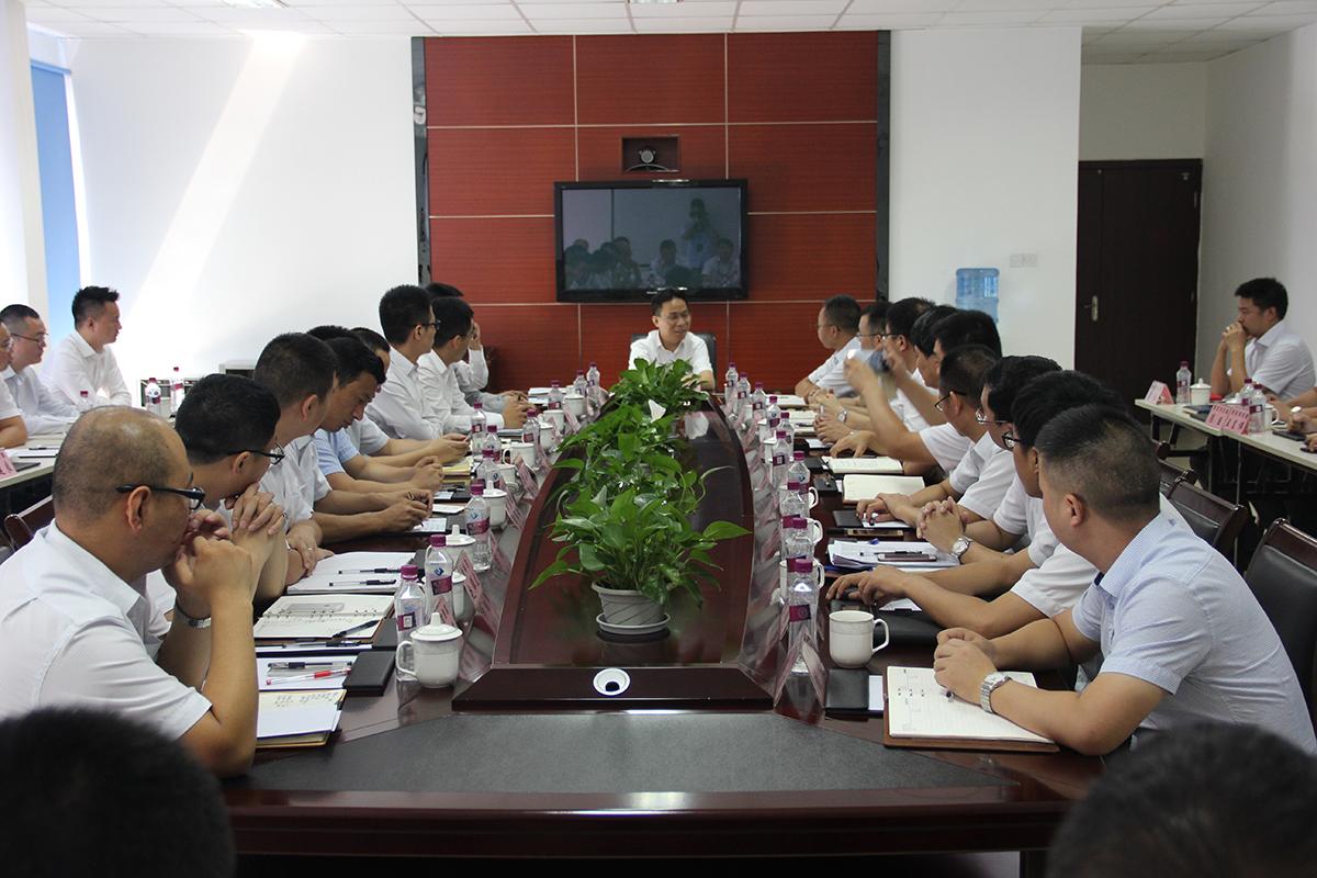刘载望董事长莅临江河幕墙西南大区视察并主持召开干部座谈会