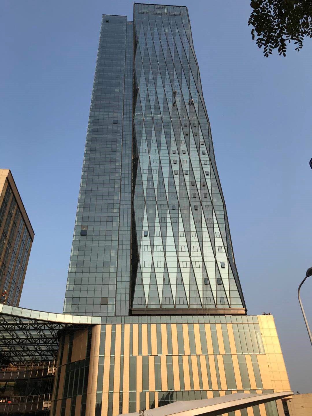 New Landmark of Yinchuan—Shihe Tianxi International Center Project is Perfectly Completed